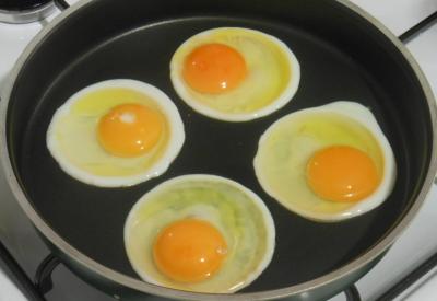 Idealne jajka sadzone