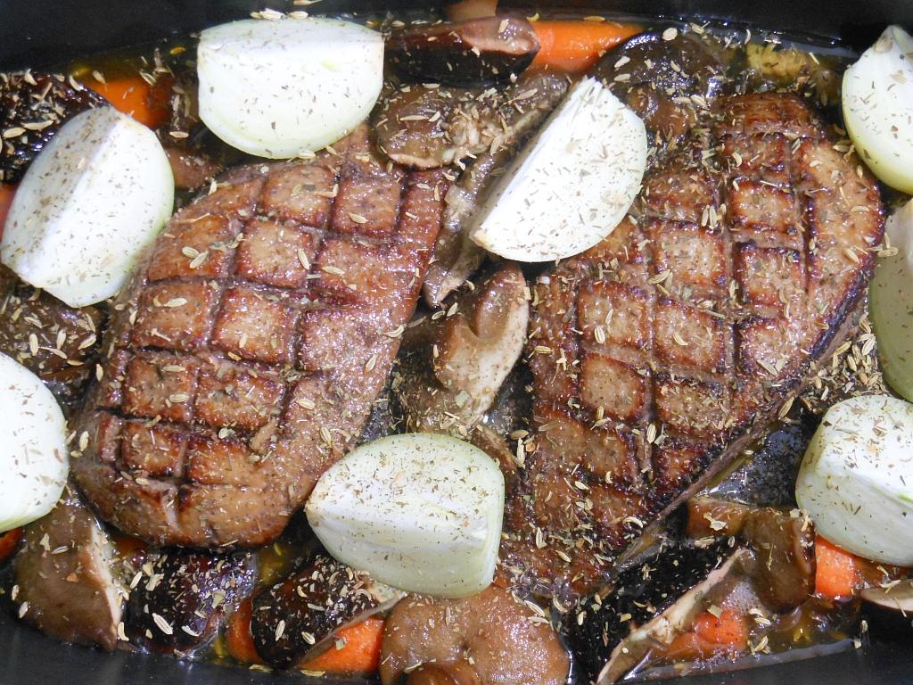 Po dodaniu grzybów, cebuli i ziół