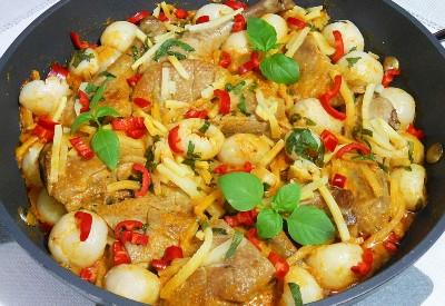 Kaczka po tajsku z czerwonym curry