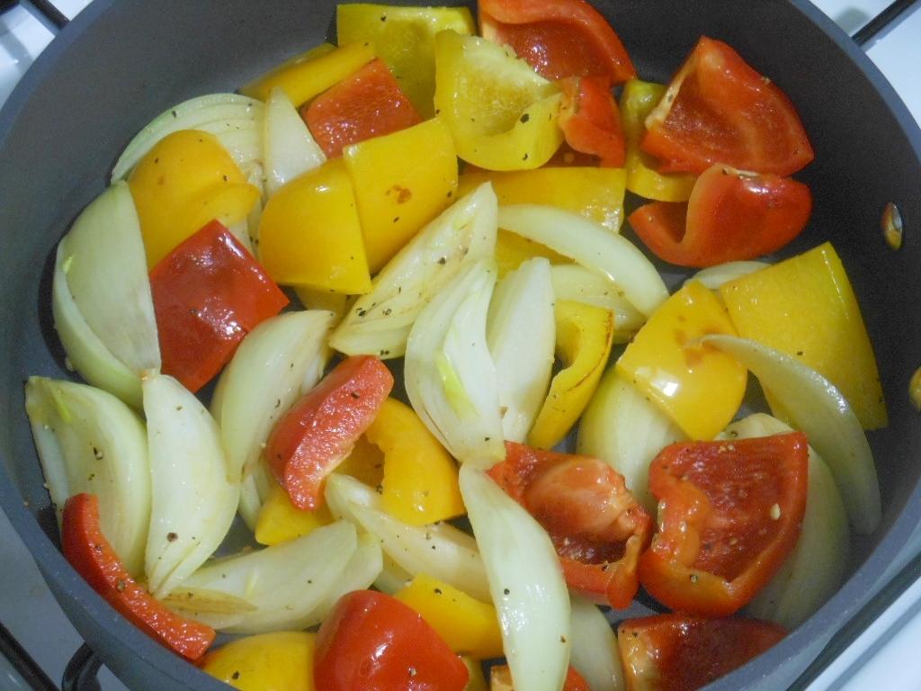 Przygotowanie papryki i cebuli