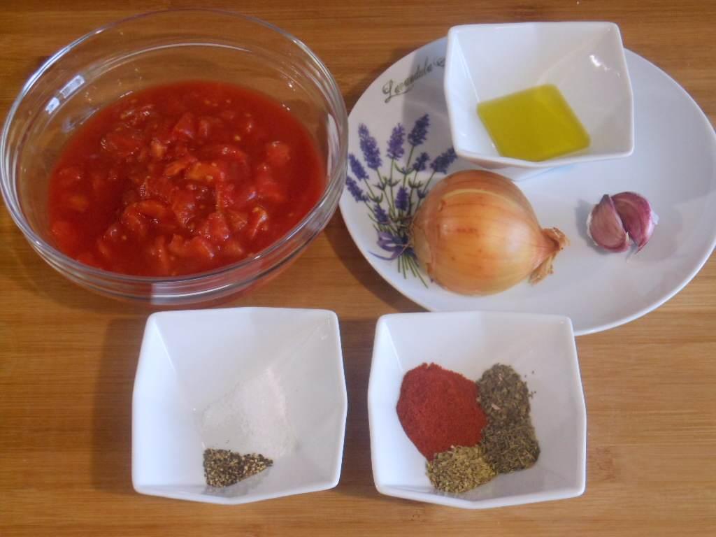 Składniki sosu pomidorowego