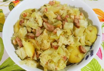 Kapusta zapiekana z ziemniakami i boczkiem