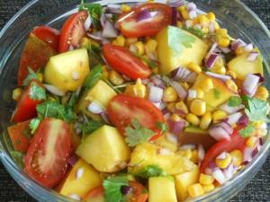 Egzotyczna sałatka z mango i avocado
