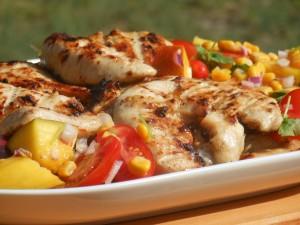 Filet z kurczaka z grilla na egzotycznie słodko