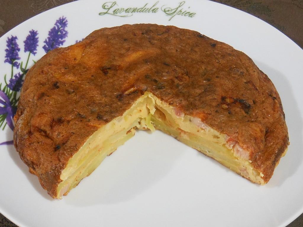 Hiszpański omlet z wędzonym boczkiem