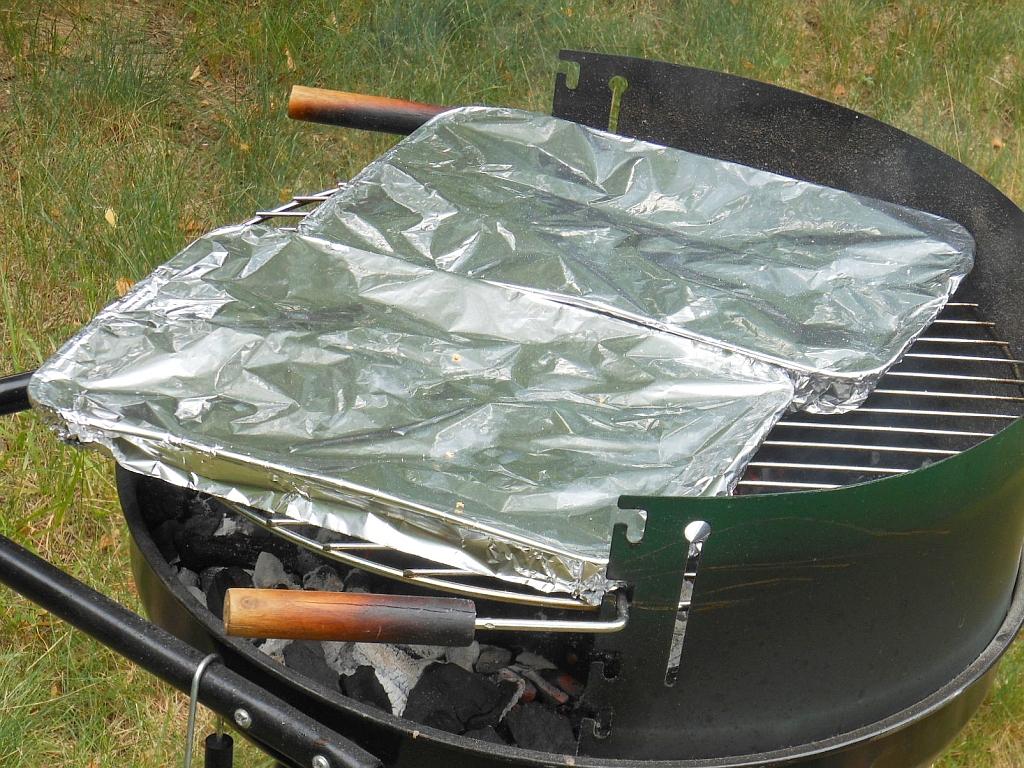 Boczek grillujemy koniecznie na tacce