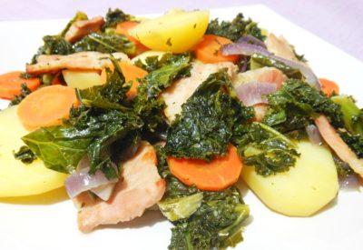 Zapiekanka z ziemniaków i jarmużu