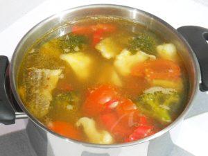 Zupa rybno-warzywna