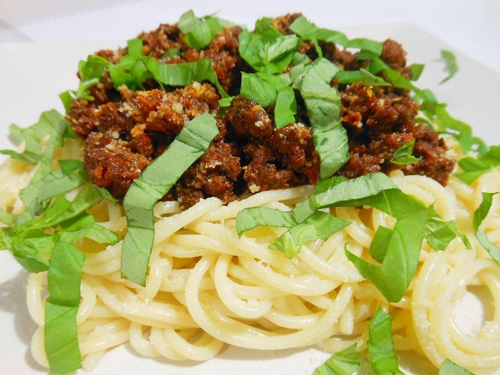 Sos boloński (spaghetti alla bolognese)