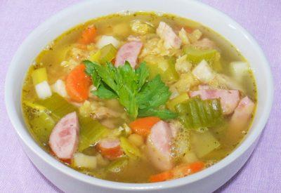 Holenderska zupa z grochu (erwtensoep)